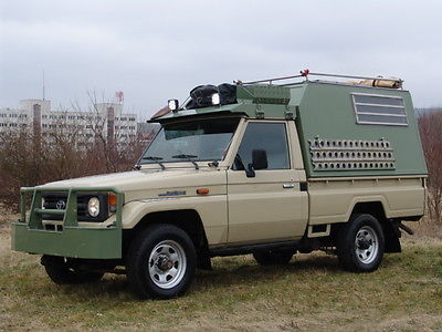 Toyota Land Cruiser 4×4 HZJ 75 – Custom Expedition build – Germany