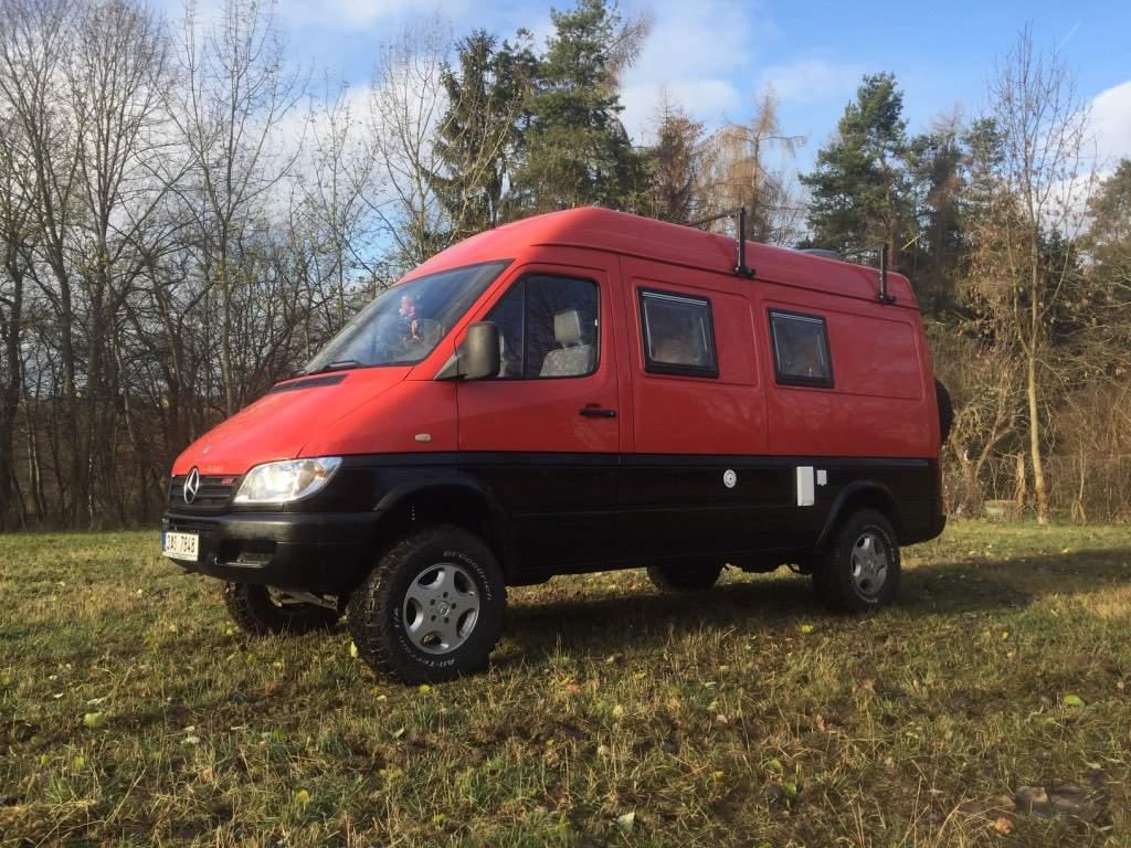 SOLD – Mercedes-Benz 316cdi 4×4 camper – Czech Republic – €34,900