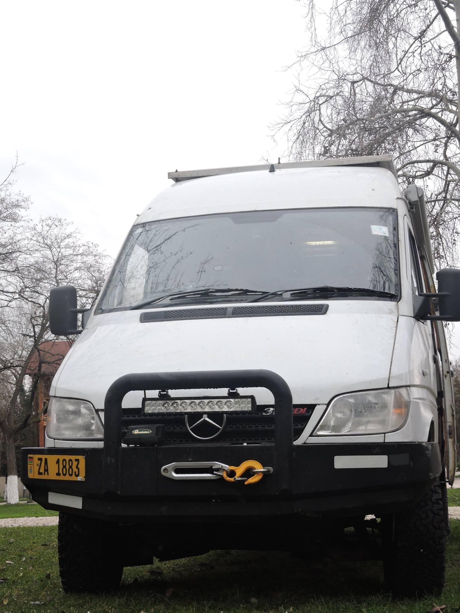 SOLD – Mercedes Sprinter 4×4 CDi Camper – UK – €20,000