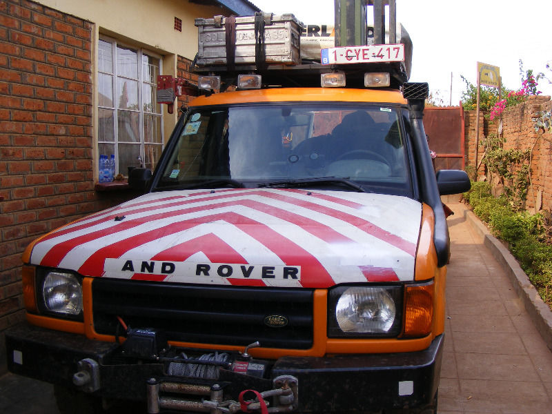 Land rover discovery 2 TD5. Overland vehicle. Fully Equipped! – Malawi – Belgian Registered R105,000