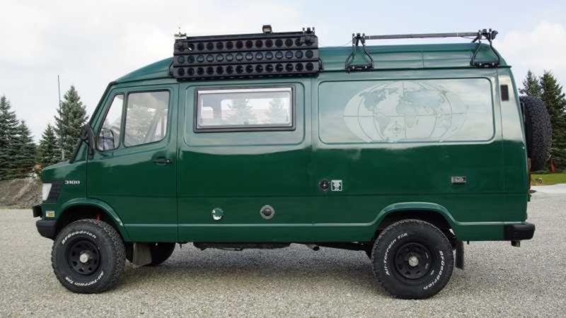 Mercedes-Benz T1 310D 4×4 Camper – Germany €36,500