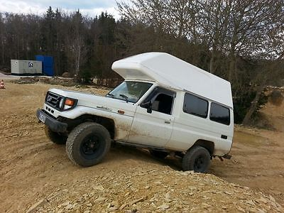 SOLD – Toyota Land Cruiser HZJ 78 High Roof – Germany