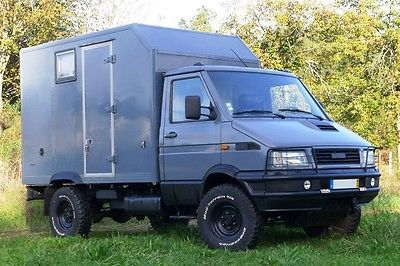SOLD – Iveco Daily 4×4 4 passengers – Portugal