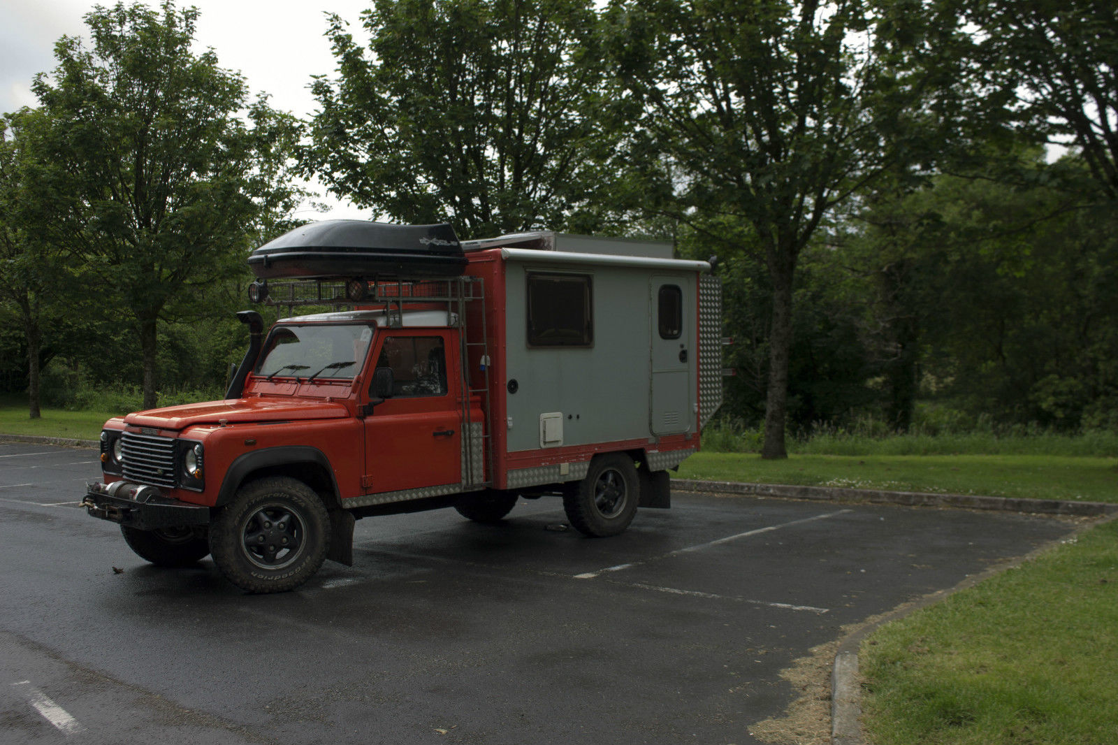 SOLD – Land rover defender 130 camper 4×4 motorhome – UK