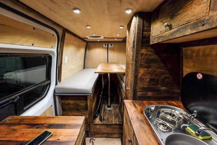 2016 Mercedes Benz Sprinter 4×4 Custom Build – Boulder, USA – $100,000